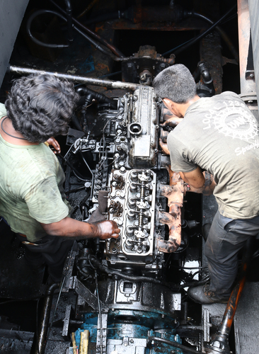 Engine Installation and Choke fasting